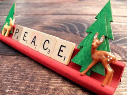 How to Create a Christmas Scrabble Tile – ArtsyVaVa
