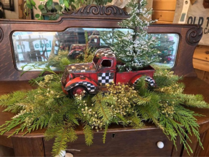 How to Create Little Red Christmas Trucks