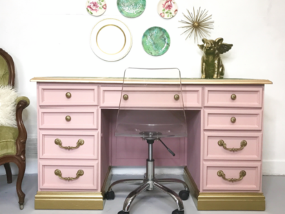 How to Create a Girl Boss Desk – Tracey's Fancy