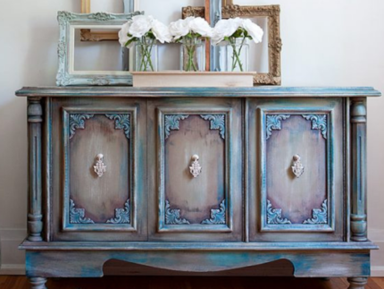 How to Paint Furniture with Best Dang Wax