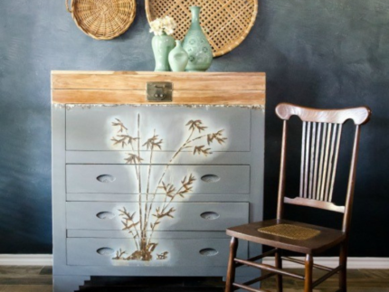 How to Paint Over Mother of Pearl Furniture
