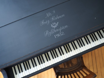 How to Paint a Baby Grand Piano