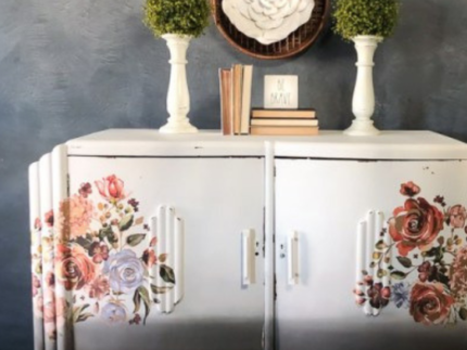 How to Apply Decor Transfers to Furniture