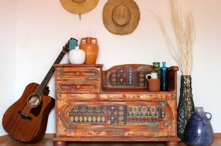Paint a Southwestern Style Bench