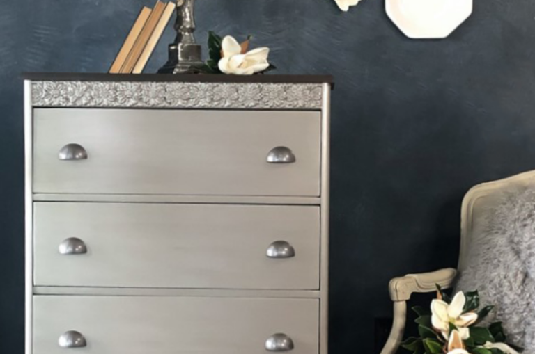 How to Use Metallic Paint