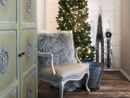 Create Rustic Christmas Decor