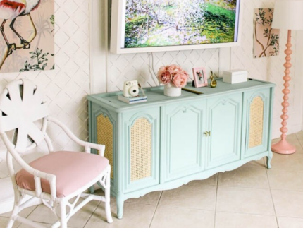 Paint a Record Player Cabinet