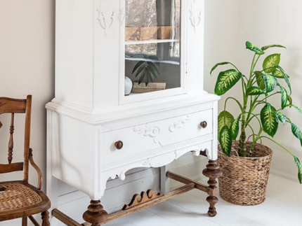 How to Paint White Furniture