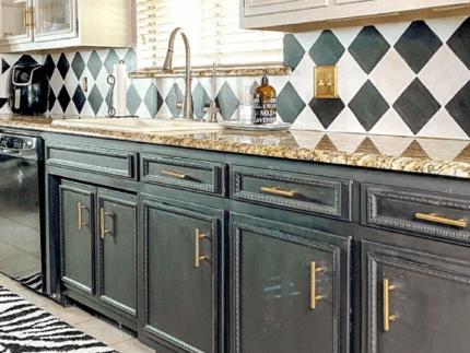 Paint a Kitchen Backsplash